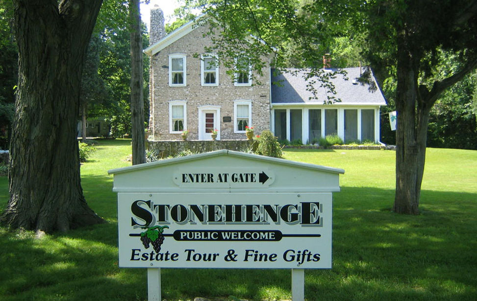 stonehenge-put-in-bay